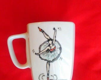 Handpainted mug. Dancing ballerina.