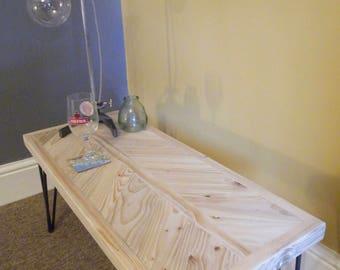 Reclaimed Herringbone Style Pallet Wood Side/End Table