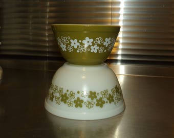 Pyrex Spring Blossom (1st edition) Mixing Bowls