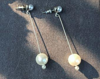 Pearl earrings Chandelier earrings Drop and dangle earrings Long earrings Handmade jewelry Wedding jewelry Bridal Earrings Bridesmaid gift