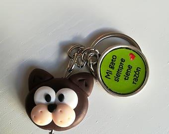 """Keychain """"My cat is always right""""-dark brown"""
