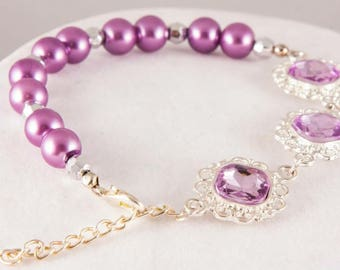 Girls purple pearl and rhinestone bracelet