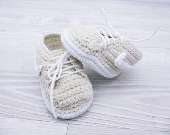 Crochet baby shoes Baby sneakers Baby booties Crochet baby boy Shoes gift Unique baby gift Baby gift Soft baby slippers Crochet baby clothes
