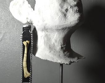 LA CASSANDRA Bone Mono Earring, Bones and leather Earrings, Mono earring, Pagan earring, Boho tribal earring, chain earrings
