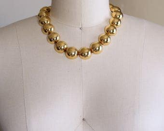 signed vintage Monet collar necklace . shiny bright gold dome necklace . chunky chain link modernist 1980s jewelry
