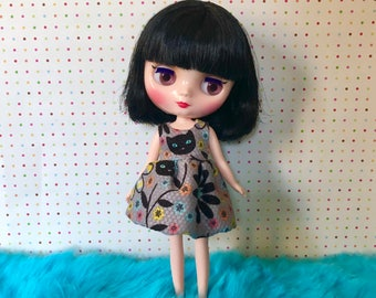Black Kitty Garden (Blue Eyes) / Bubble Dress for Middie Blythe Doll