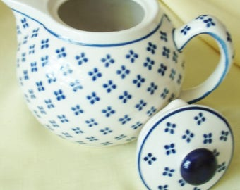 Vintage Boleslawiec Poland Hand Made Pottery Lidded Teapot Server w. a Flower Design of 4 Cobalt Blue Dots! Beautiful Polish Pottery