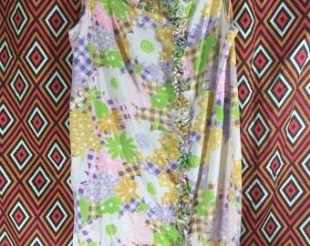 Vintage Summer Shift Dress size 16 XL (it's kinda loud)