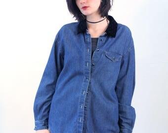 Benedetta, 90s Denim Shirt L, Blue Jean Shirt, Denim Blouse, Beaded Black Velvet Collar, Liz Wear Liz Claiborne, Boho Denim Top