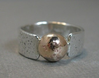Distressed Sterling Silver Artisan Handcrafted Ring with Gold Filled Granule, Chunky Mixed Metal Solitaire Band with Gold Filled, size 7.5
