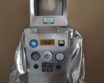 Robot costume for kids, size 4-6, two piece set with helmet and suit, Really lights up.