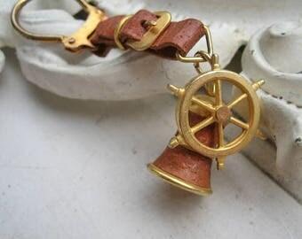 Vintage Marine key chaine, Vintage steering wheel key chain, Vintage nautical key chain, Vintage ship bell key chain, Vintage sailor charm