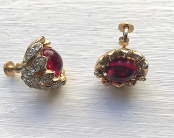 Vintage Coro Red Stone Rhinestone Petal Clip On Costume Jewelry Earrings