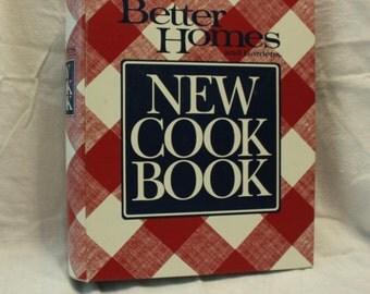 Vintage Cookbook: Better Homes and Gardens New Cook Book, 1989 Edition, In Excellent Condition