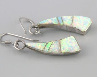 Vintage Navajo Opal Earrings, Native American Jewellery, Navajo Jewellery. Opal Earrings, Sterling Silver, Gift For Her, Opal Jewellery