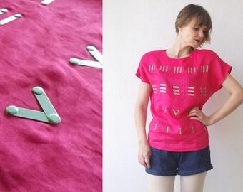 80s avantgarde top. bright fuchsia pink batwing top with metal decors. linen summer top - medium