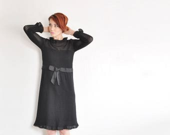 mod black crocheted dress . frilly collar and cuffs . formal twiggy cocktail party frock .small.medium