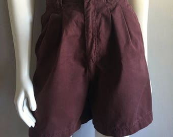 Vintage Women's 80's Plum, Shorts, High Waisted, Pleated (M)