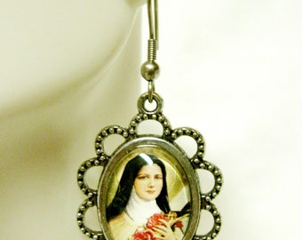 Saint Therese glass earrings - AP07-128