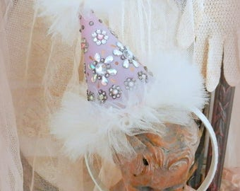 Les Bijoux. Party Hat Headband in Lavender and White