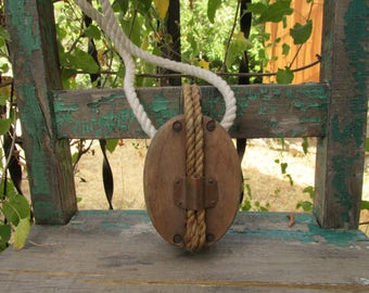 """UNIQUE BIG Antique Wood & Copper Barn Pulley w/Old Rope Included that measures 6.5"""" x 4"""" x 2.5"""" ~ Lamp Making or Rustic Industrial Display ~"""