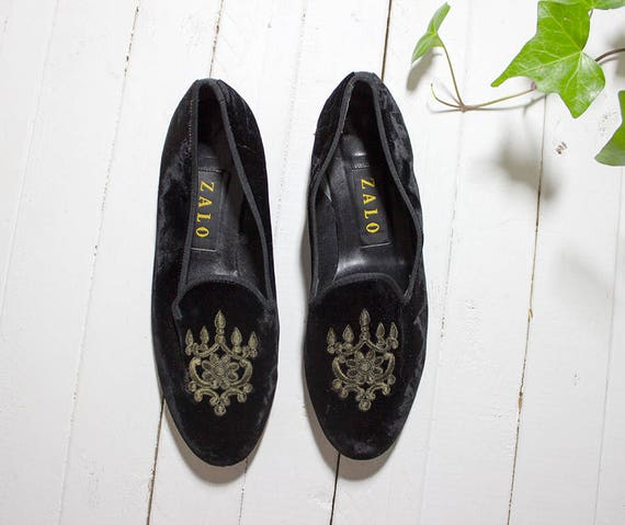 Vintage Velvet Loafers 7 / Black Velvet Loafers / Velvet Slip Ons / Black Loafers / Minimal Leather Flats