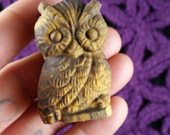 Gold Tigers Eye Owl Carved Gemstones Stones Crystals Self Standing Totem Animal Bird