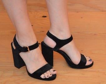Lovely Black Velvet Patterned High Heels With Peep Toe, Ankle Strap Chunky High Heels SZ 8.5 / 9