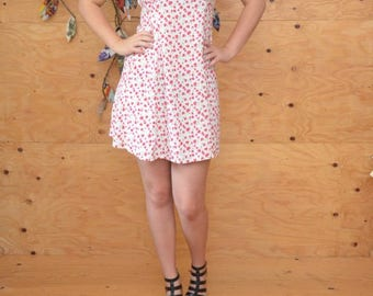 Vintage 80's Dress Grunge Revival Summer Calico Floral Print In White, & Red Ties In Back SZ S/M