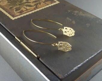 Woodland Owl. Gold Owl Earrings. 16k yellow gold plated. modern. delicate. whimsical. dainty. dangly. long. threader earrings.