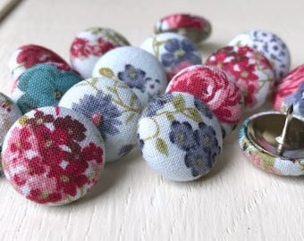 Shabby Chic,15 Thumbtacks,Pushpins,Thumb Tacks,Push Pins,Pink,White,Floral,Flowers,Decorative Pushpins,Gift,Cubicle,Wedding Decor,Roses