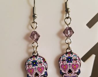 Sugar skull earrings, sugar skull charm, skull earrings, silver earrings, dangle earrings, sugar skull dangle earrings, sugar skull crystal