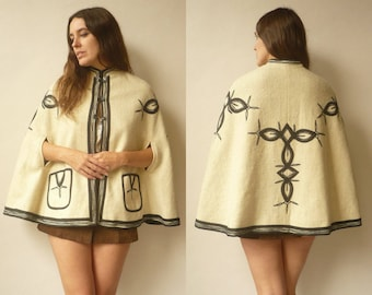 1970's Vintage Bohemian Folkloric Wool Cape With Appliques Size Small