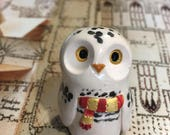 Gryffindor Snowy Owl - Hogwarts House Hedwig: Gryffindor, Ravenclaw, Hufflepuff, and Slytherin- Harry Potter Inspired Clay Owlery