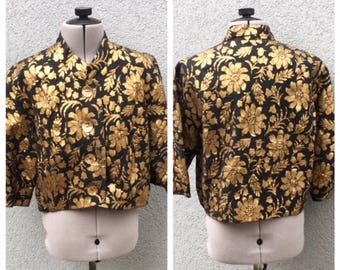 Vintage 1950s Black and Gold Floral Brocade Cropped Jacket, 50s Clothing, 50s Blazer, 50s Women's Clothing, Metallic Blazer, Size S