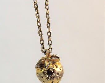Strawberry Necklace, Gold Strawberry Jewelry, Gold Strawberry Necklace, Fruit Necklace, Short Chain Necklace, Vintage 1970's Necklace