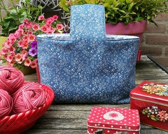 """Project bag """"Blue flower field"""", lined and interfaced, Leukgemaakt, knitting project bag, on the go, gift for women, crochet bag, birthday"""