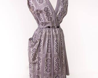 1950's Swirl Wrap Dress/ 50's Cotton Black and White Dress Size Large