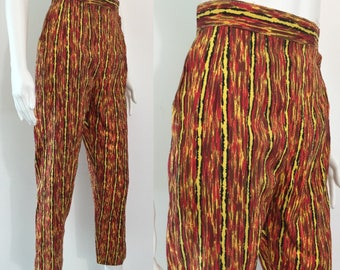 Super 1950's Patterned Capri Pants