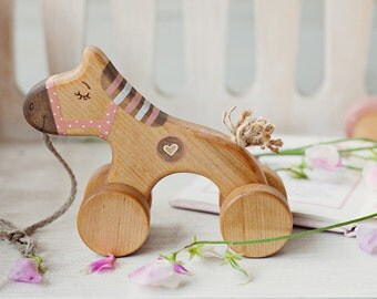 Wooden Horse Toy, Pull Toys for 1 Year Old, Pink Toy for Toddler Girl, Old Fashioned Toys