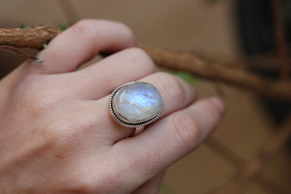 STATEMENT MOONSTONE RING - One size - Sterling silver ring - Moon Jewellery - Moon Ring - Crystal - Gemstone - Semi Precious - Birthstone