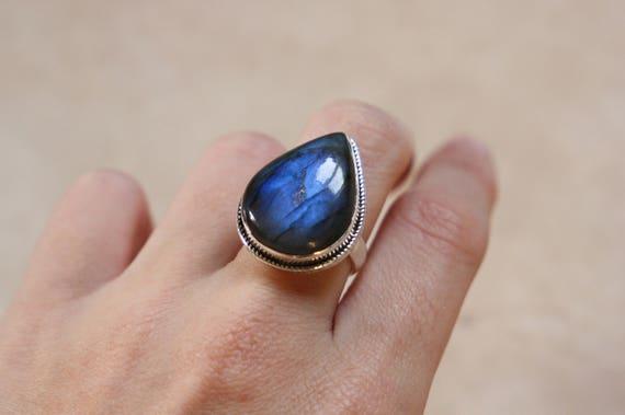 TEARDROP LABRADORITE RING - One size - Sterling silver ring - Crystal ring  - Semi precious - Labradorite jewellery - Statement Ring - Gems