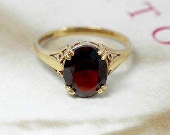 Victorian Revival 2.5ct Garnet Engagement Ring, British Yellow Gold Garnet Ring, Vintage Anniversary Ring, Alternative Engagement Ring