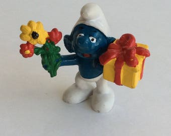 Vintage Smurf with Gifts