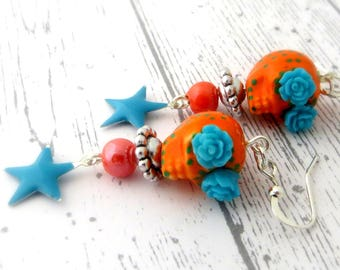Sugar skull earrings, orange skull, day of the dead, skull, Mexican skull decorated with flowers, calavera dia los muertos