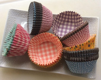SALE Cupcake Liners Free Shippping | Polka Dots, Gingham, White Standard Size 300 plus