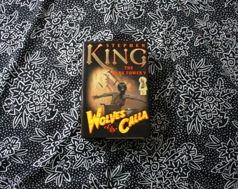 The Dark Tower Book 5 By Stephen King. Wolves Of The Calla. Book V Of The Dark Tower Series. First Edition Hardcover Stephen King Book