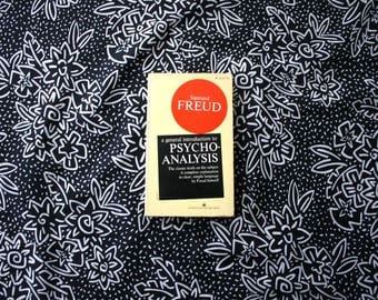 A General Introduction To Pyscho-Analysis By Sigmund Freud. Rare 1960s Psychology Paperback Book. 1966 Vintage Freud Psychology Book.