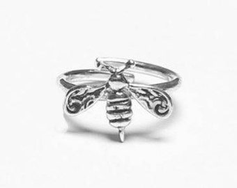 Bee Sterling Ring