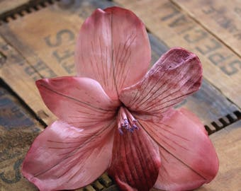 """Large Hair Flower Clip for Womens Hair, Dusty Rose Lily Headpiece Pink Floral Fascinator Pinup Hair Clip Vintage 1940s - """"Stars in Her Eyes"""""""